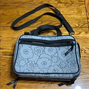 Thirty One Cosmetic Make Up bag Tote Travel Bag